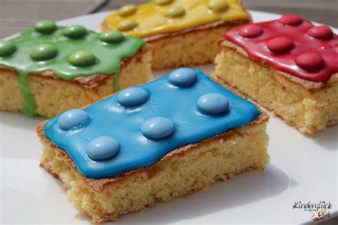 baustein kuchen fuer den kindergeburtstag kinderglueck