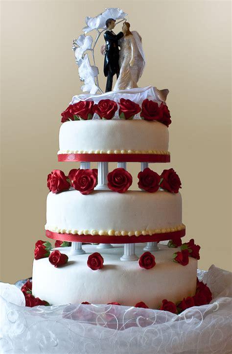 filewedding cake  pillar supports jpg wikimedia commons