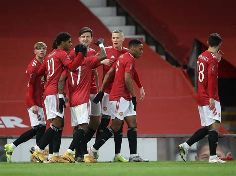 West Brom v Manchester United: Inside track on the Red ...