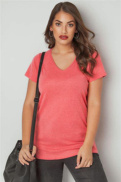 Dunkel Pink Kurzärmliges Vausschnitt Basic Tshirt, In