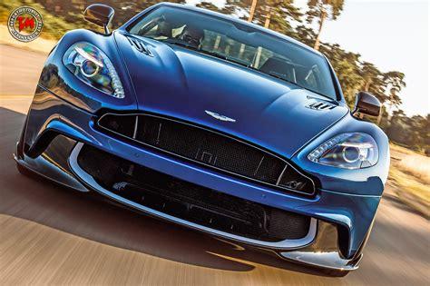 Aston Martin Vanquish S  Sound, Leggerezza, Esclusività