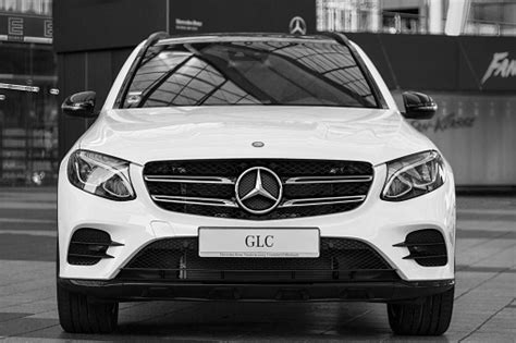 model  mercedesbenz glc  generation crossover