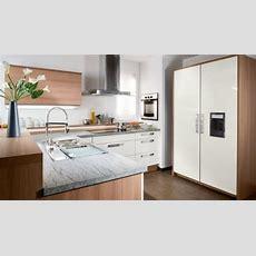 21 Adorable & Functional Small Kitchen Design Ideas