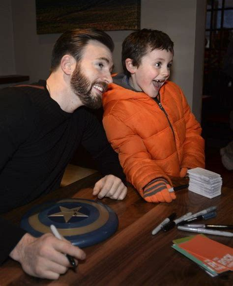 Chris Evans @ Newburyport with kids: ohnotheydidnt ...