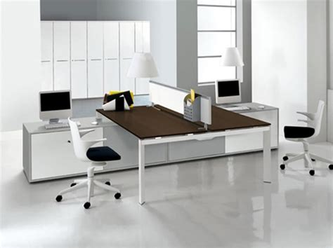 Workspace Designs For Modern Offices by Amazing Modern Communal Office Workspace Interior Design