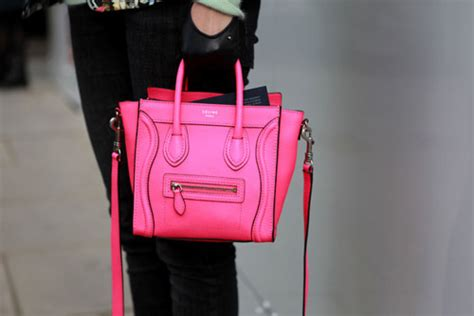 lade a neon prezzi nano luggage in fluo pink