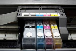 How To Change Ink Cartridges On An Epson Xp 202