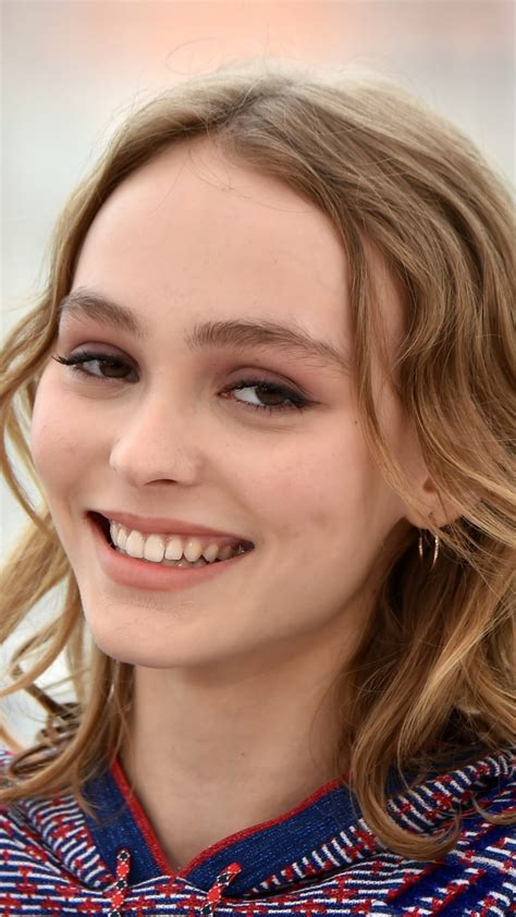 wallpaper lily rose depp smile cannes film festival