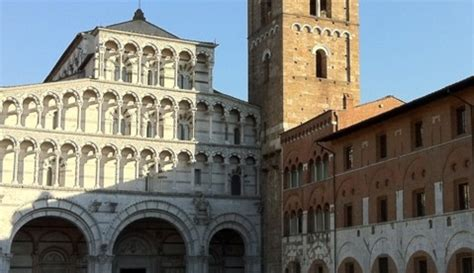 casa alba lucca about lucca towers and churches
