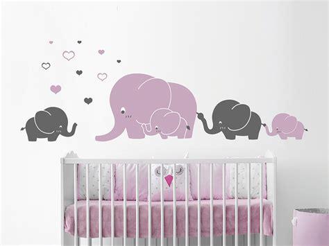 Wandtattoo Elefantenfamilie Kinderzimmer by Wandtattoo Elefantenfamilie Mit Herzen Wandtattoo De