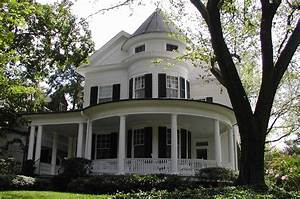 Queen Anne Architecture | Queen Anne Style | Home Design Tips