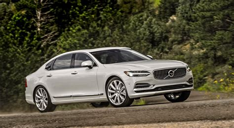 The 2018 Volvo S90 T8 Inscription Sophistication And