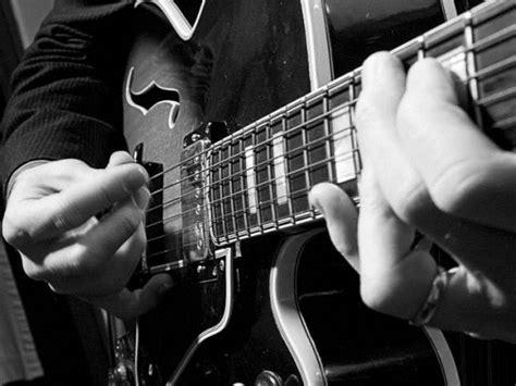 sal gentile guitarist singer entertainer  educator