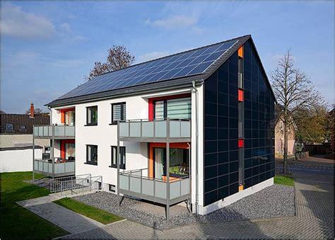 photovoltaik fassade konstruktion und praxisbeispiele