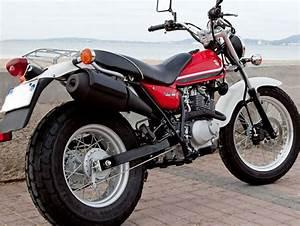 Moto Suzuki 125 : suzuki 125 van van 2015 fiche moto motoplanete ~ Maxctalentgroup.com Avis de Voitures