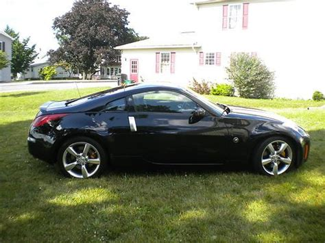 Buy Used 2005 Nissan 350z 35th Anniversary Edition Coupe 2