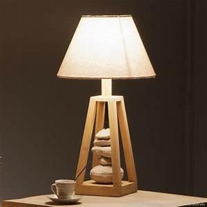 Lampe Design Bois : lampe pour salon design meuble ordinateur design marchesurmesyeux ~ Teatrodelosmanantiales.com Idées de Décoration