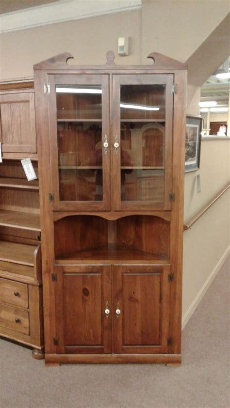 mastercraft oak cabinet doors mastercraft corner cabinet delmarva furniture consignment