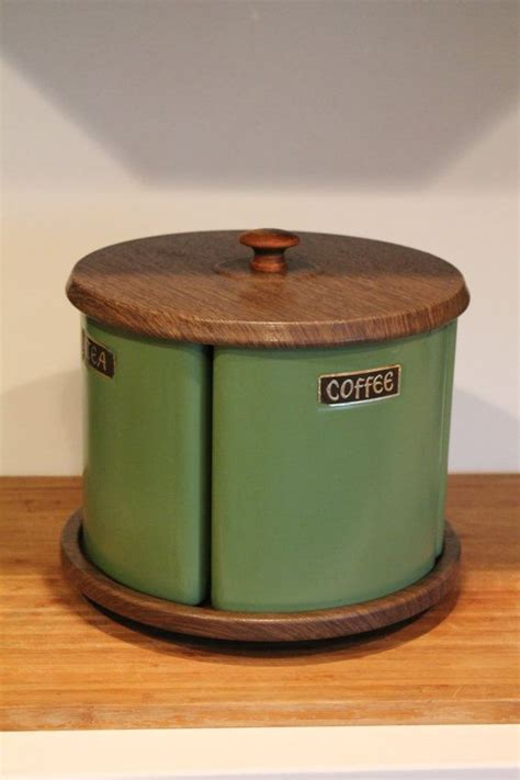 Retro Kitchen Canisters Set by Best 25 Vintage Canisters Ideas On