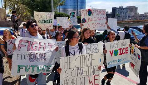 la students skip school global climate strike