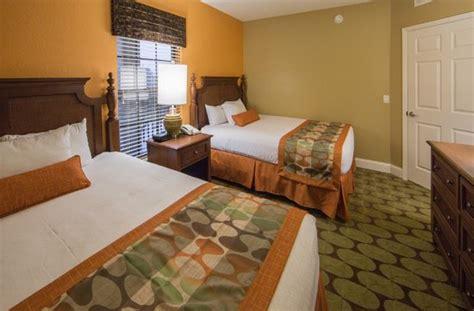 guest bedroom in a 2 bedroom villa offers 2 size beds