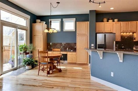 best colors to go with oak cabinets basement paint colors with light pine dads