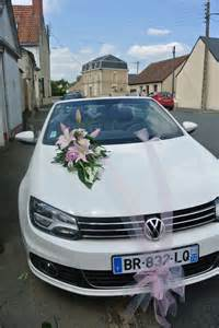 dã co voiture mariage decoration tulle et ventouse gris et blanc photo de créations florales pour votre mariage