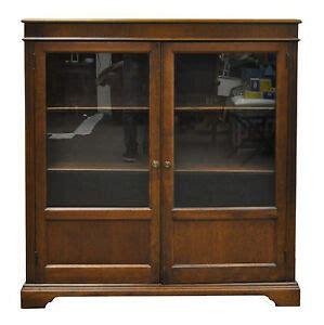 Curio Bookcase by Vintage Traditional Walnut Glass 2 Door Bookcase Curio