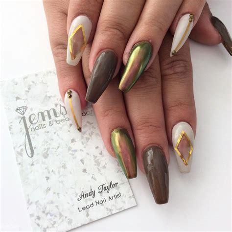 jump   latest trend   chrome nail art ideas