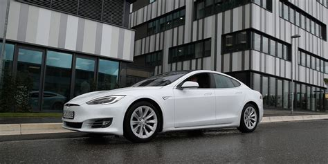 Tesla Stock Loses Another Bull Ahead of S&P 500 Inclusion ...