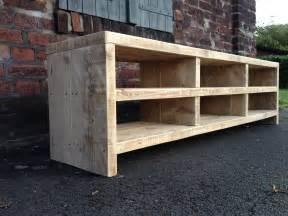 mbel aus bauholz selber bauen bauholz tisch mit firmenlogo httpwwwexklusivdutchdesignde bauholz design tisch aus gebrauchten