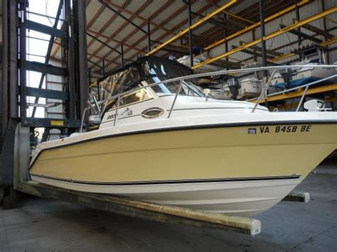 Used Century Walkaround Boats For Sale by Used Century 2200 Walkaround Boats For Sale Boats
