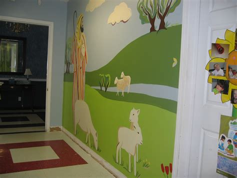 church preschool hallway mural 90 finished cox 872 | img 6225