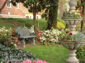 25 best ideas about memorial gardens on