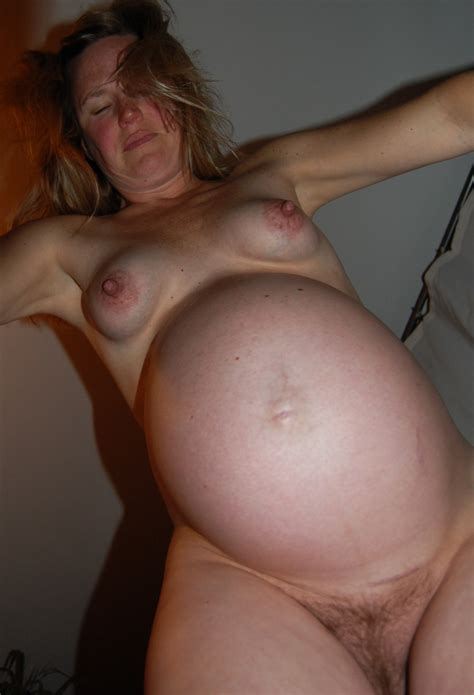 fun view of a naked pregnant beauty porn photo eporner