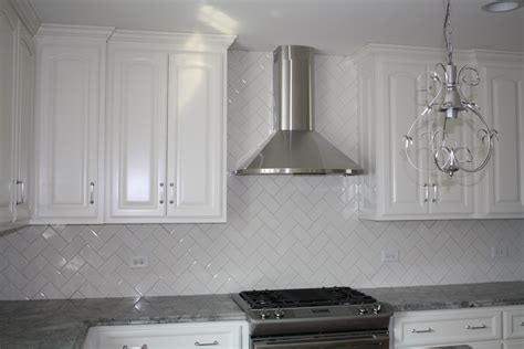 white kitchen glass backsplash kitchen kitchen glass white subway tile backsplash ideas
