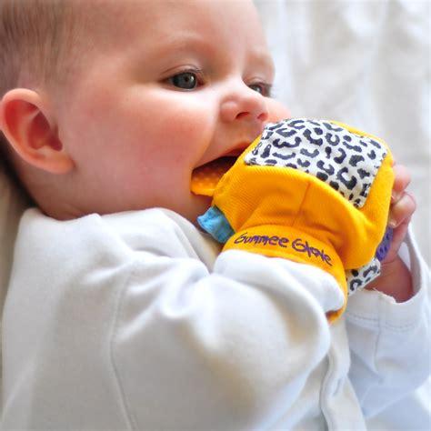 Gummee Glove Teething Mitten Yello End 8182020 356 Pm