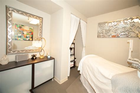 reiki love sf treatment room photography