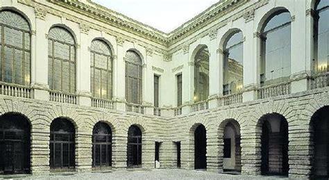 Fineco Sede Legale Popolare Vicenza Primo Palazzo Venduto A Fineco Ora I