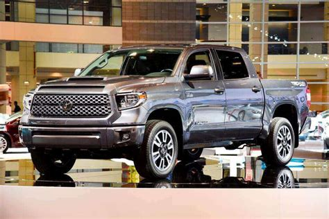 tundra truck 2018 toyota tundra diesel changes release date redesign
