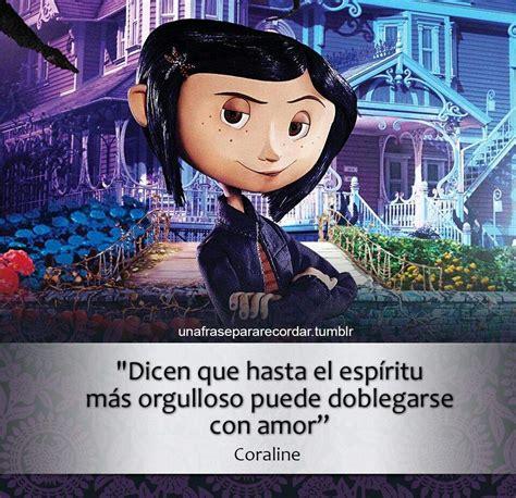 Caroline ha descubierto un mundo paralelo donde todo es. Reseña de: Coraline Y La Puerta Secreta   • Libros • Amino