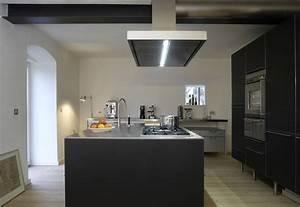 Holzdielen In Der Küche : elegante k che in schwarz und edelstahl ~ Markanthonyermac.com Haus und Dekorationen