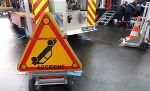 Autoroute A13 Accident : un accident mortel sur l 39 autoroute a13 ~ Medecine-chirurgie-esthetiques.com Avis de Voitures