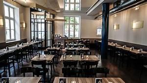 Restaurant Alex München : neue heimat im heimwerk m nchen restaurants ~ Markanthonyermac.com Haus und Dekorationen