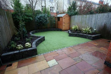 narrow space garden with artificial grass small garden