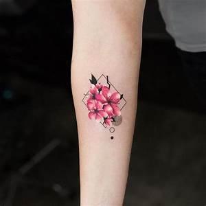 Tattoo Avant Bras : best 25 geometric rose tattoo ideas on pinterest ~ Melissatoandfro.com Idées de Décoration