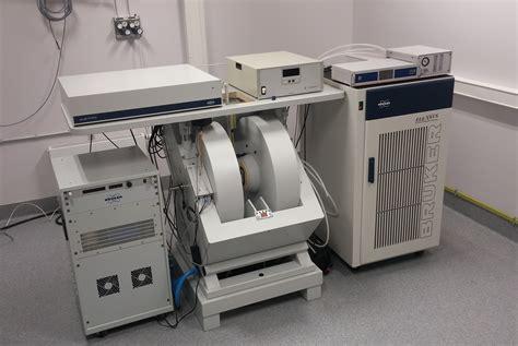 EPR spectroscopy | Laboratory of Microwave Spectroscopy