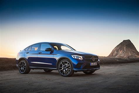 Is the glc 43 coupe a powerful, luxurious and innovative suv with a uniquely seductive shape? Mercedes-AMG GLC 43 Coupe (C253) specs & photos - 2016, 2017, 2018, 2019 - autoevolution