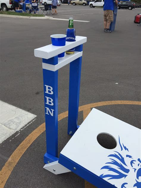 custom university  kentucky corn hole boards  drink