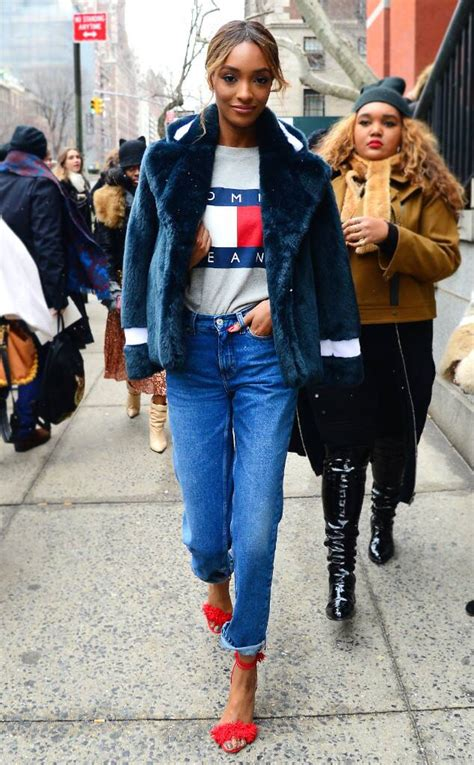 jourdan dunn from dope 90s inspired fashion e news